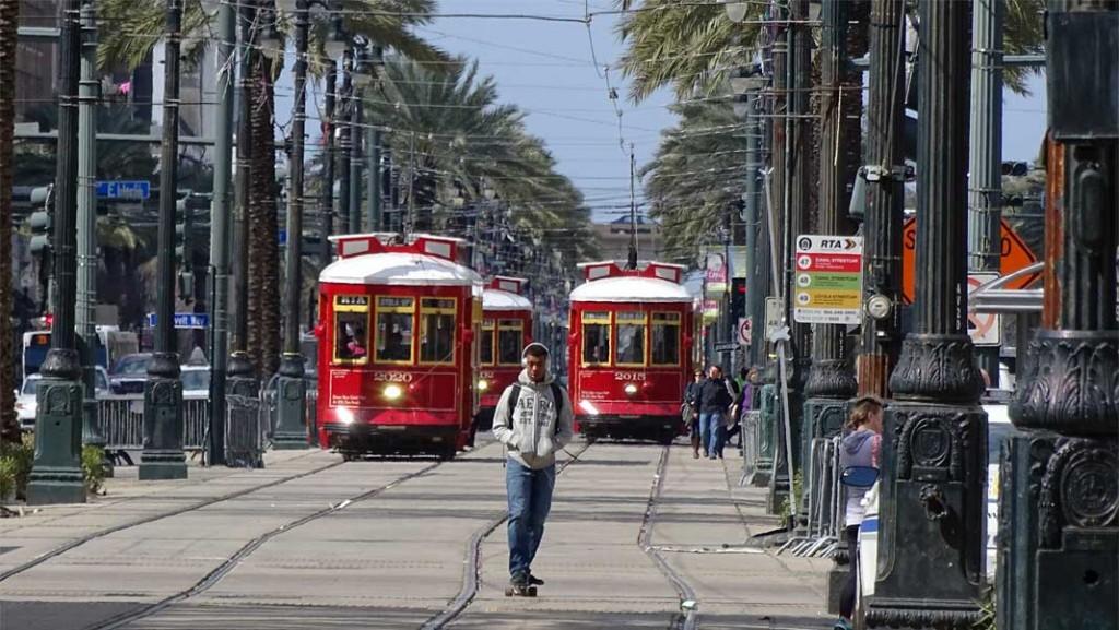 New Orleans Street Cars - Photo by Xzelenz Media